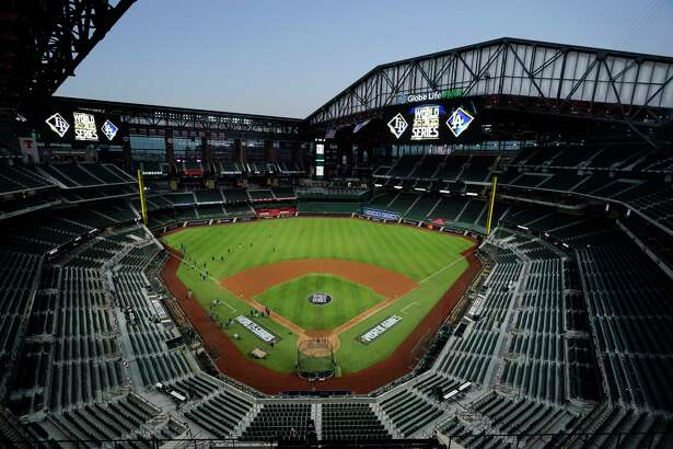 The Tampa Bay Rays practice at Globe Life Field with the roof open as the team prepares for the baseball World Series against the Los Angeles Dodgers, in Arlington, Texas, Wednesday, Oct. 14, 2020. (AP Photo/Eric Gay)
