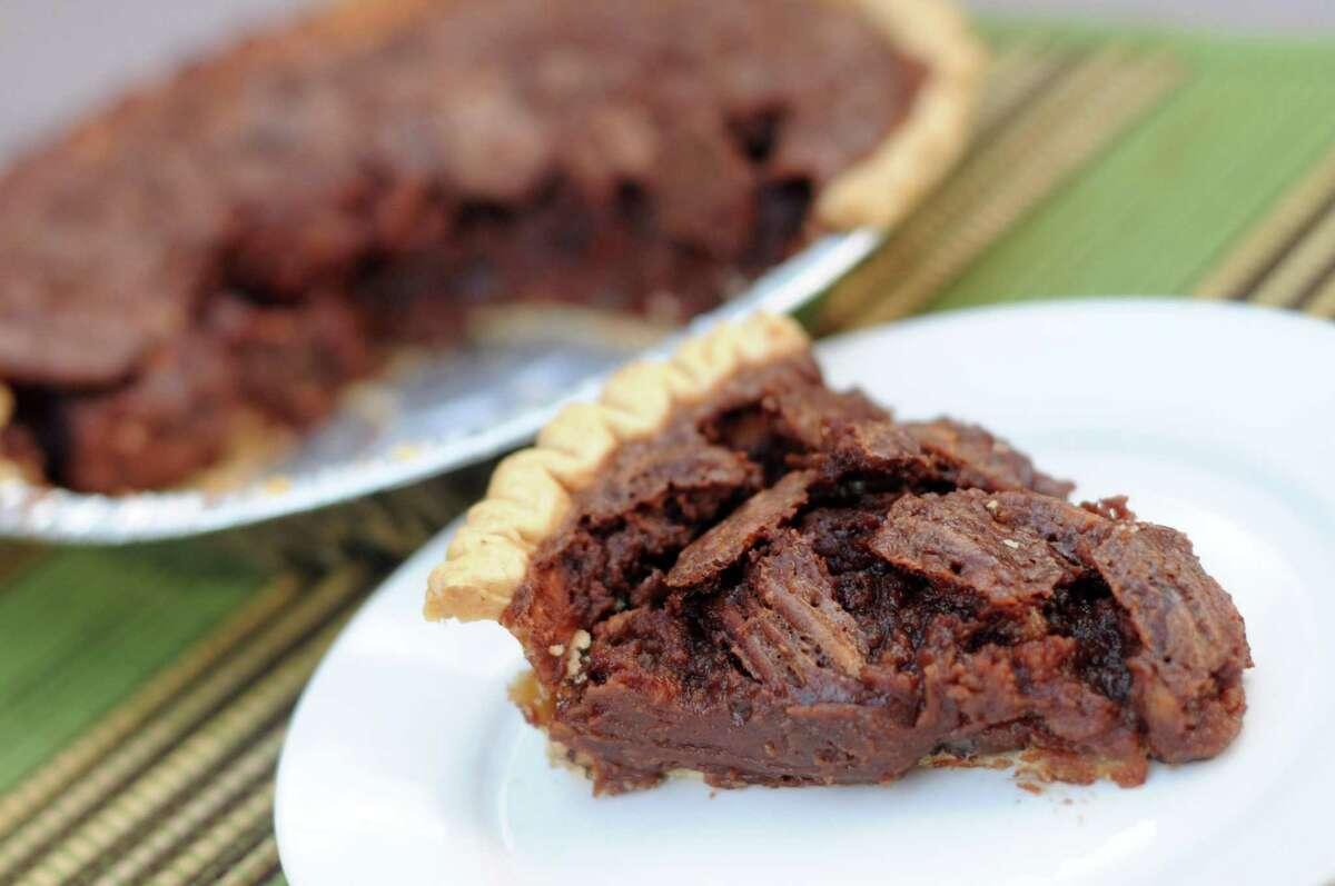 Stagecoach Inn-Style Fudge Pecan Pie