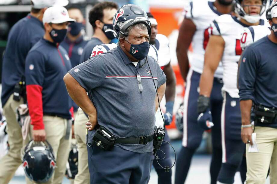 After a 42-36 overtime loss at Tennessee on Sunday, the Texans are 1-1 under interim head coach Romeo Crennel. Photo: Wade Payne /Associated Press / Copyright 2020 The Associated Press. All rights reserved