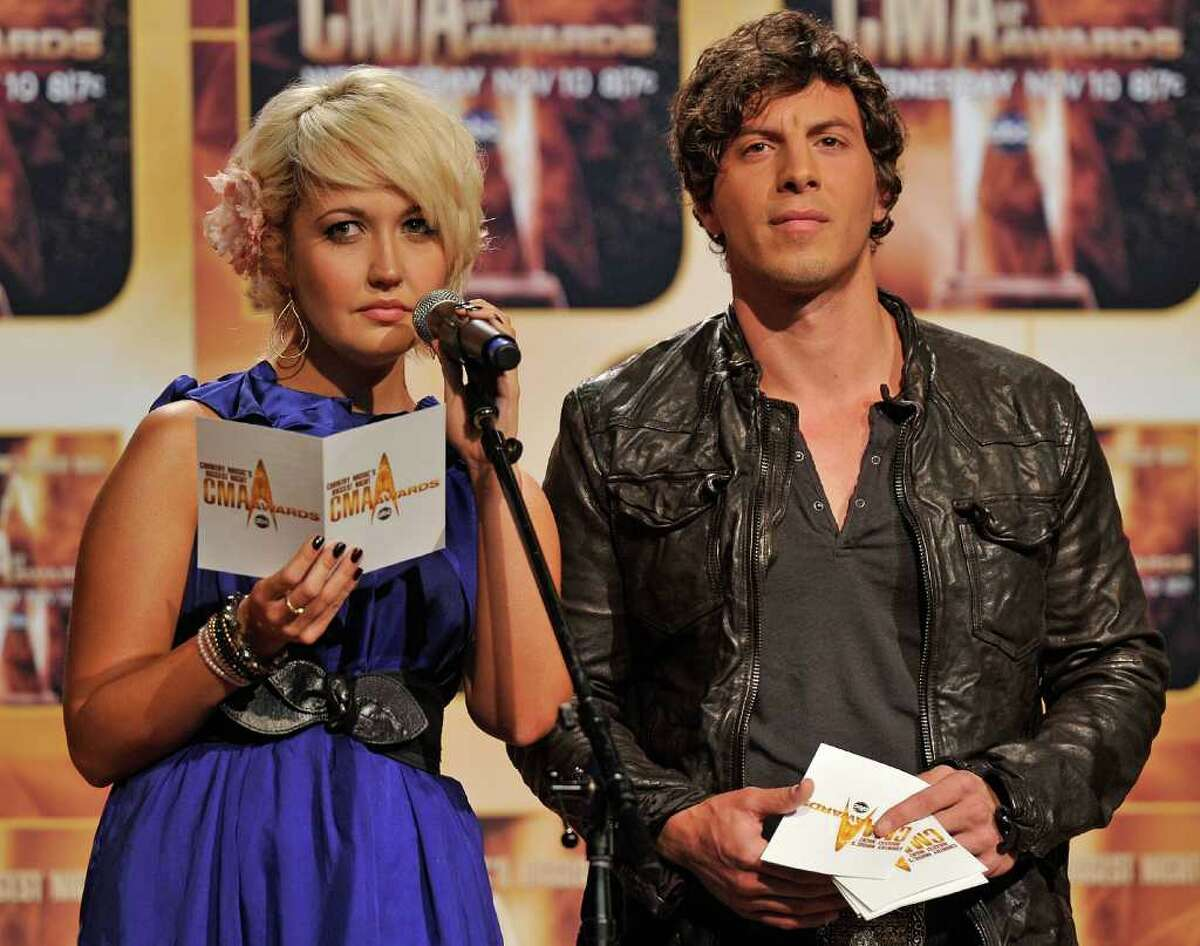 NASHVILLE, TN - AUGUST 31: Meghan Linsey and Joshua Scott Jones of the band Steel Magnolia announce nominees for the 44th Annual CMA Awards at the Ryman Auditorium on August 31, 2010 in Nashville, Tennessee. (Photo by Frederick Breedon/Getty Images) *** Local Caption *** Meghan Linsey;Joshua Scott Jones