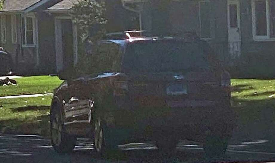 Police say this vehicle was allegedly reportedly linked to a report of suspicious behavior in Cheshire, Conn., on Saturday, Oct. 17, 2020. Photo: Contributed Photo / Cheshire Police Department