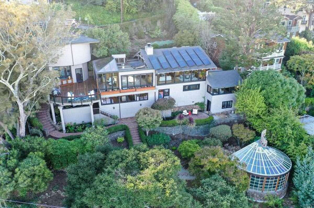 The owners loved their multitier home, which they have owned since 1997. But after they retired, they moved to a larger, flatter property closer to the slopes. While they've traded the bay for the mountains, agent Eckart Noack believes a new buyer will fall in love with the waterfront location and all the private outdoor space.