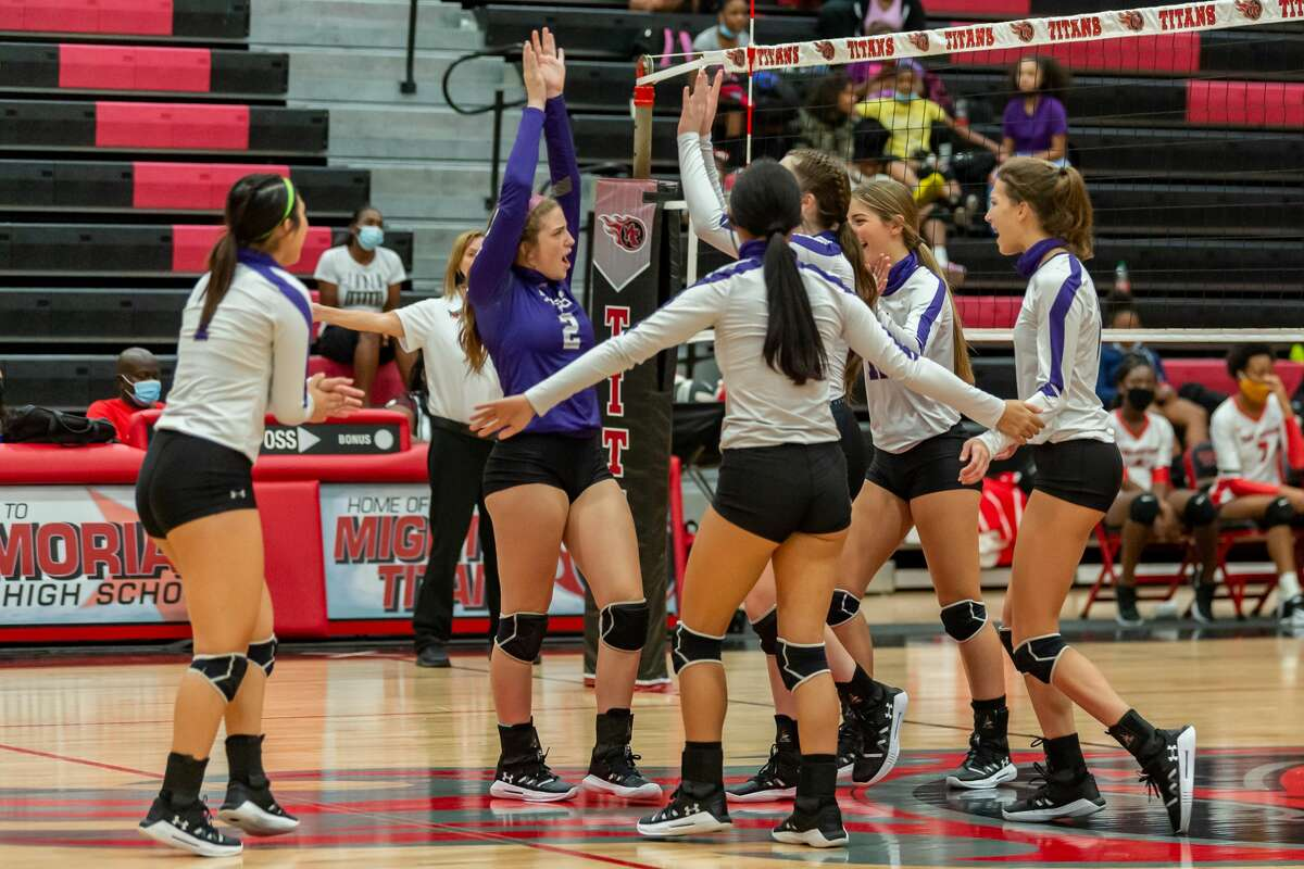 PN-G celebrates a point in the thrid set. Port Neches-Groves Volleyball brought their winning ways to Port Arthur Memorial as they downed the Lady Titans in three sets on Tuesday nights. Photo made on October 20, 2020. Fran Ruchalski/The Enterprise