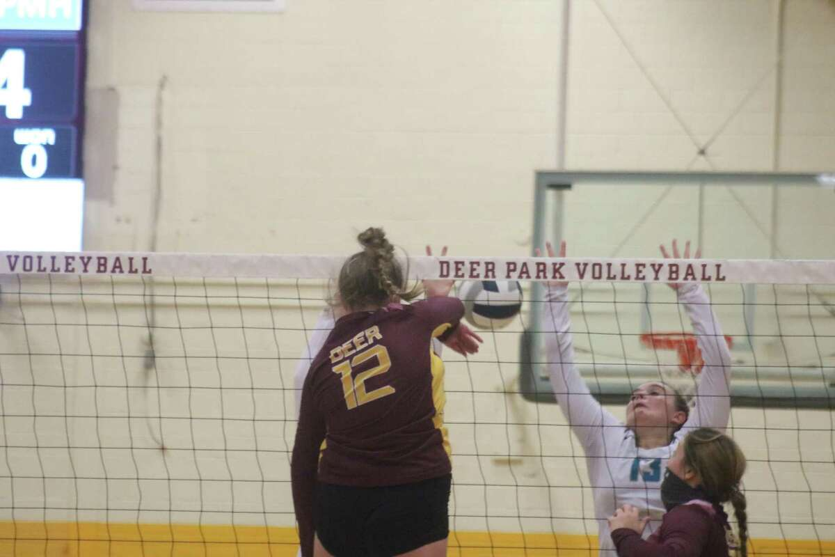 Ella Gilbert puts down a kill for Deer Park in Game 3.