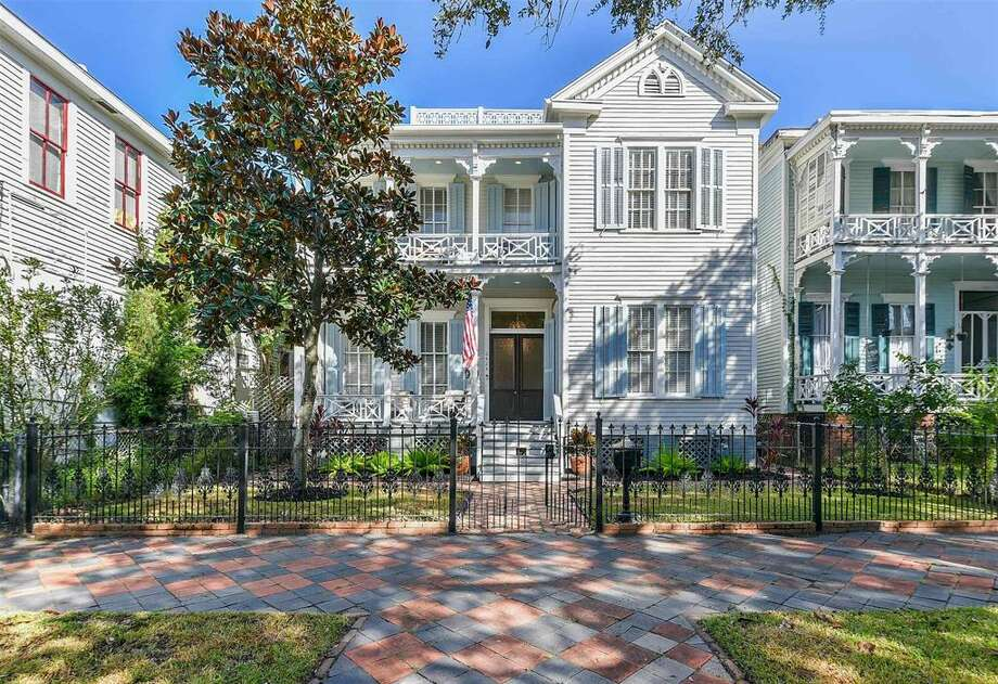 This 1883 Victorian-style home is up for sale for $675,000. Photo: Courtesy: Joan Oelze/HAR