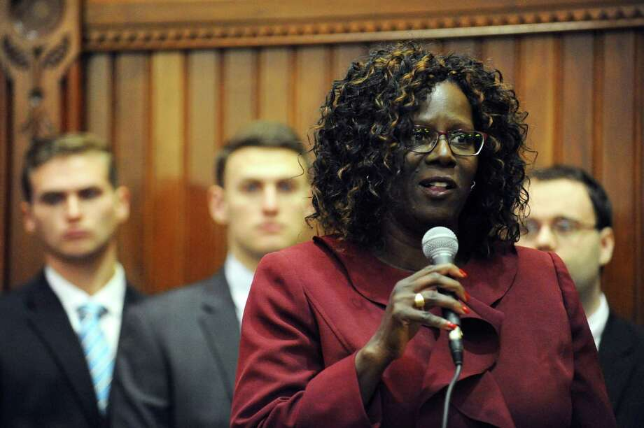State Rep. Patricia Billie Miller (D, Stamford). Photo: Michael Cummo / Hearst Connecticut Media / Stamford Advocate