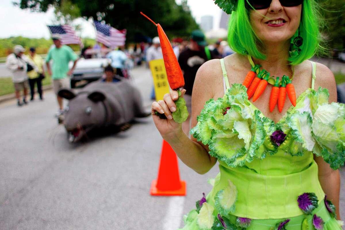 Shelley Buschur before the start of the 2013 Houston Art Car Parade.