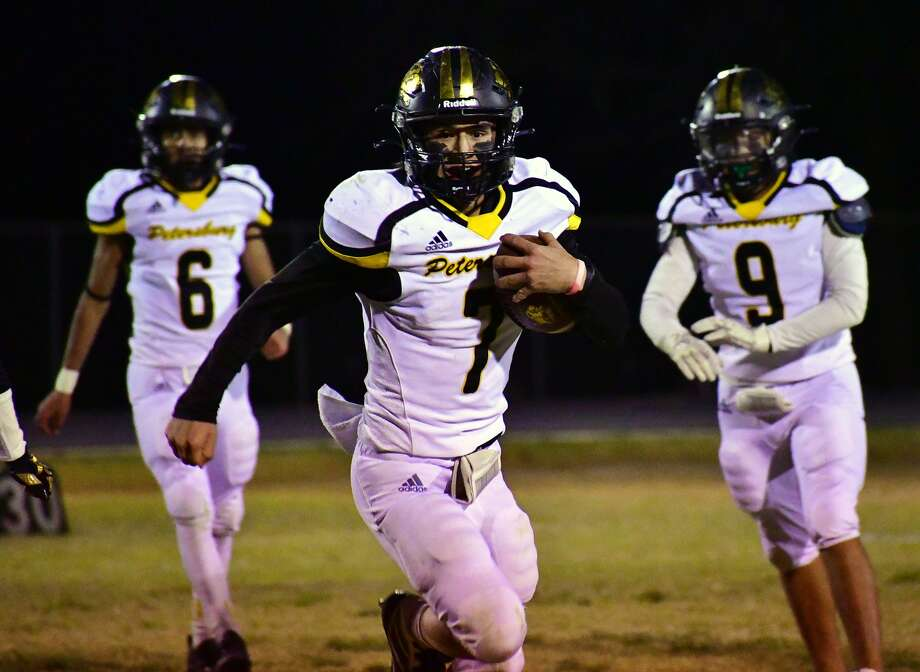 Jesus Alvarado (with ball) and the Petersburg Buffaloes will be looking to claim their second straight district title on Friday night. Photo: Nathan Giese/Planview Herald