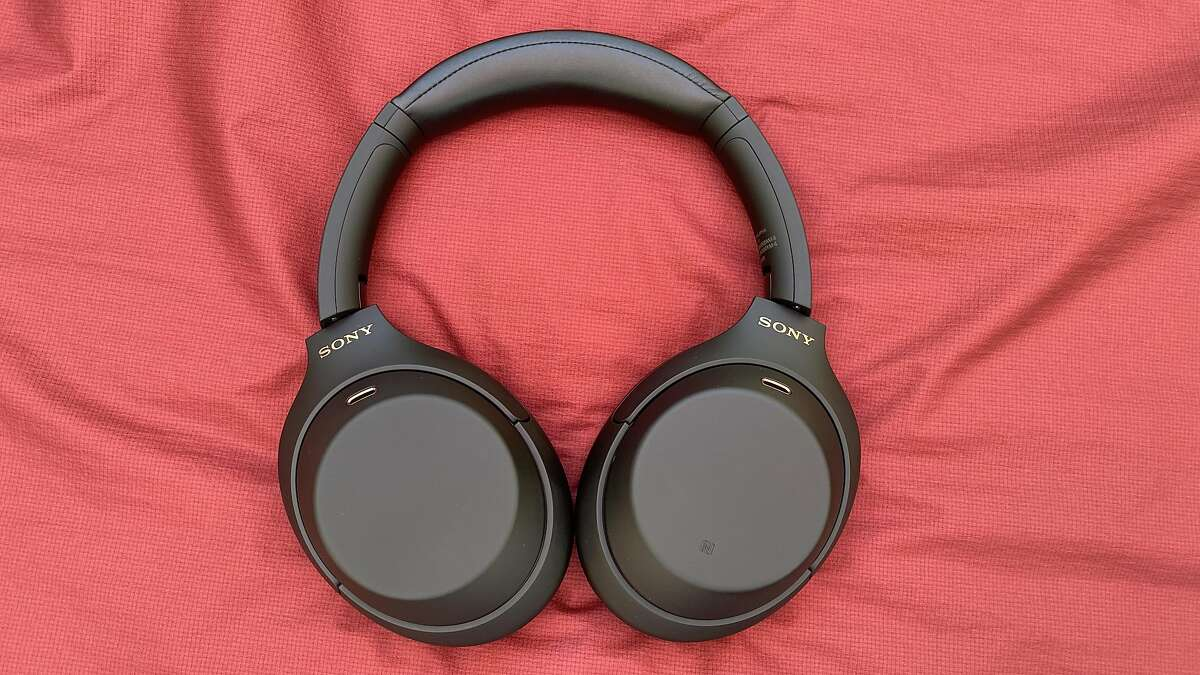 WH-1000xm4 headphones