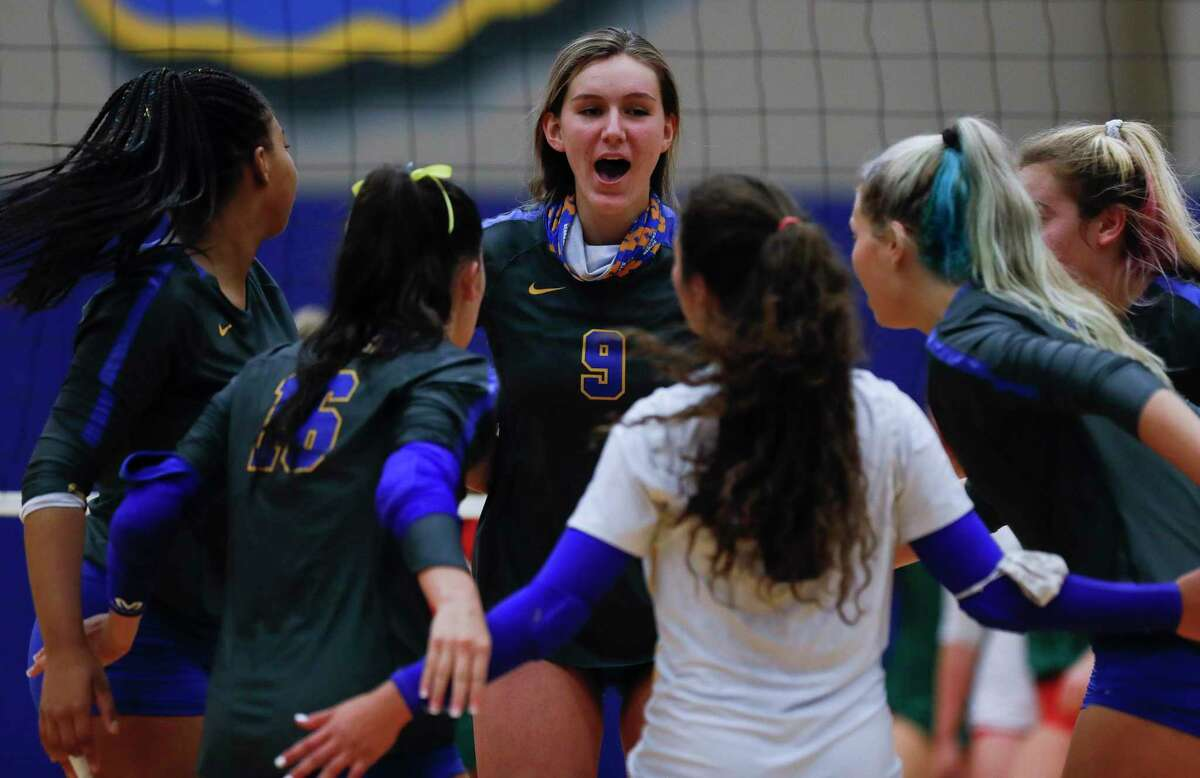 Coming off a deep playoff run, the Klein Lady Bearkats are loaded with returners and perfect overall through the first round of District 15-6A. Zora hopes the early success sends this year's group past the regional finals for only the second time since 1990.