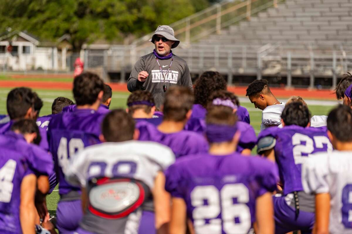 Indians coach Brandon Faircloth directs his team. The PN-G Indians practice on Thursday for their game with Nederland on Friday night for Mid County Madness. Photo made on October 22, 2020. Fran Ruchalski/The Enterprise