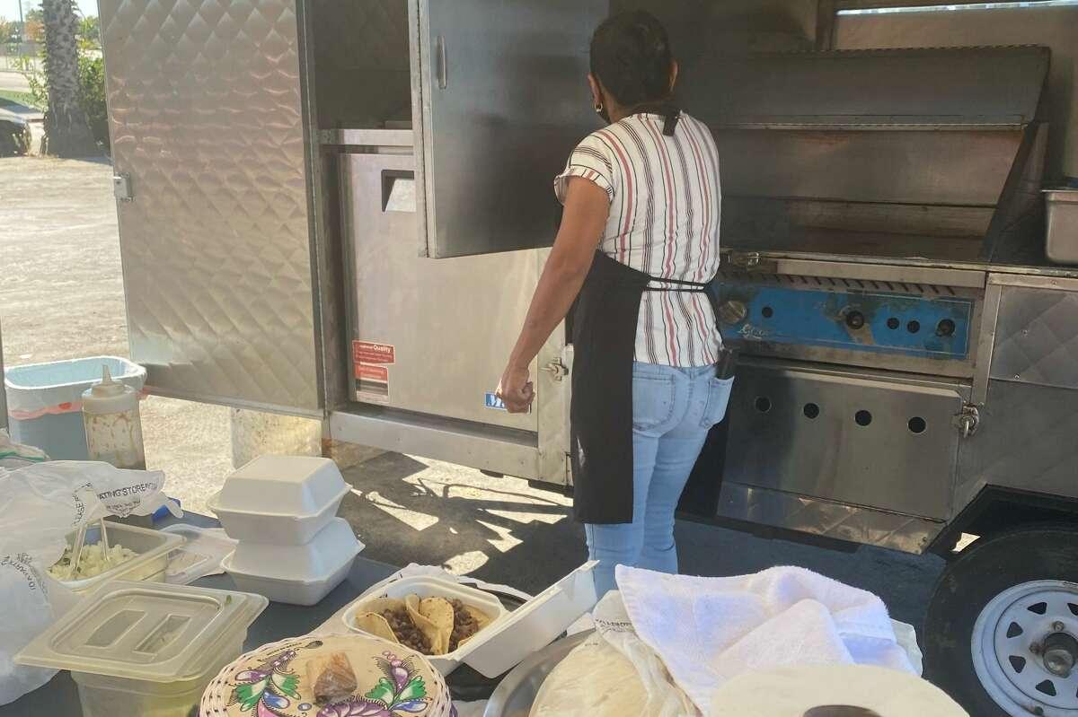 Abelina García's San Jose taco truck, Tacos y Mariscos Santa Cruz, was recently stolen.
