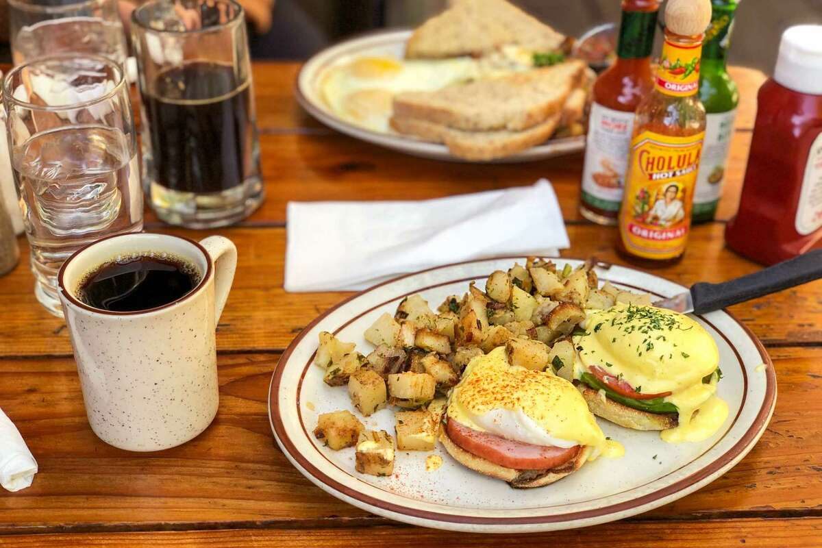 The reason Fire Sign's eggs Benedict are so delicious has everything to do with the hollandaise.