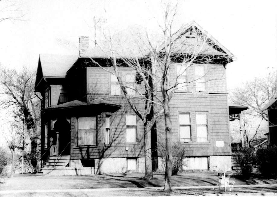The home of Thomas Kenny at the corner of Sibben and First Street. (Manistee County Historical Museum photo)