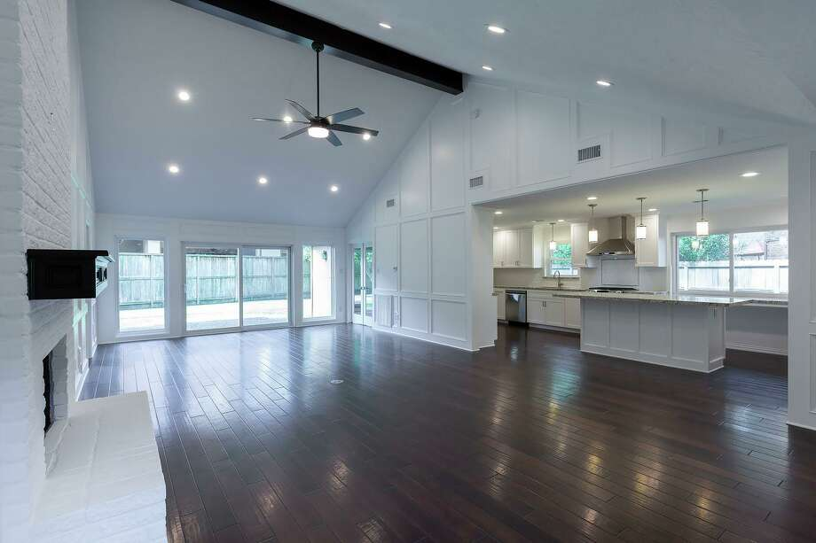This whole house remodel was completed by TBR Construction.