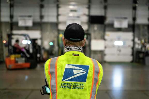 """""""I still have confidence in the U.S. Postal Service, but I opted to vote in person rather than mail my ballot,"""" says a reader."""