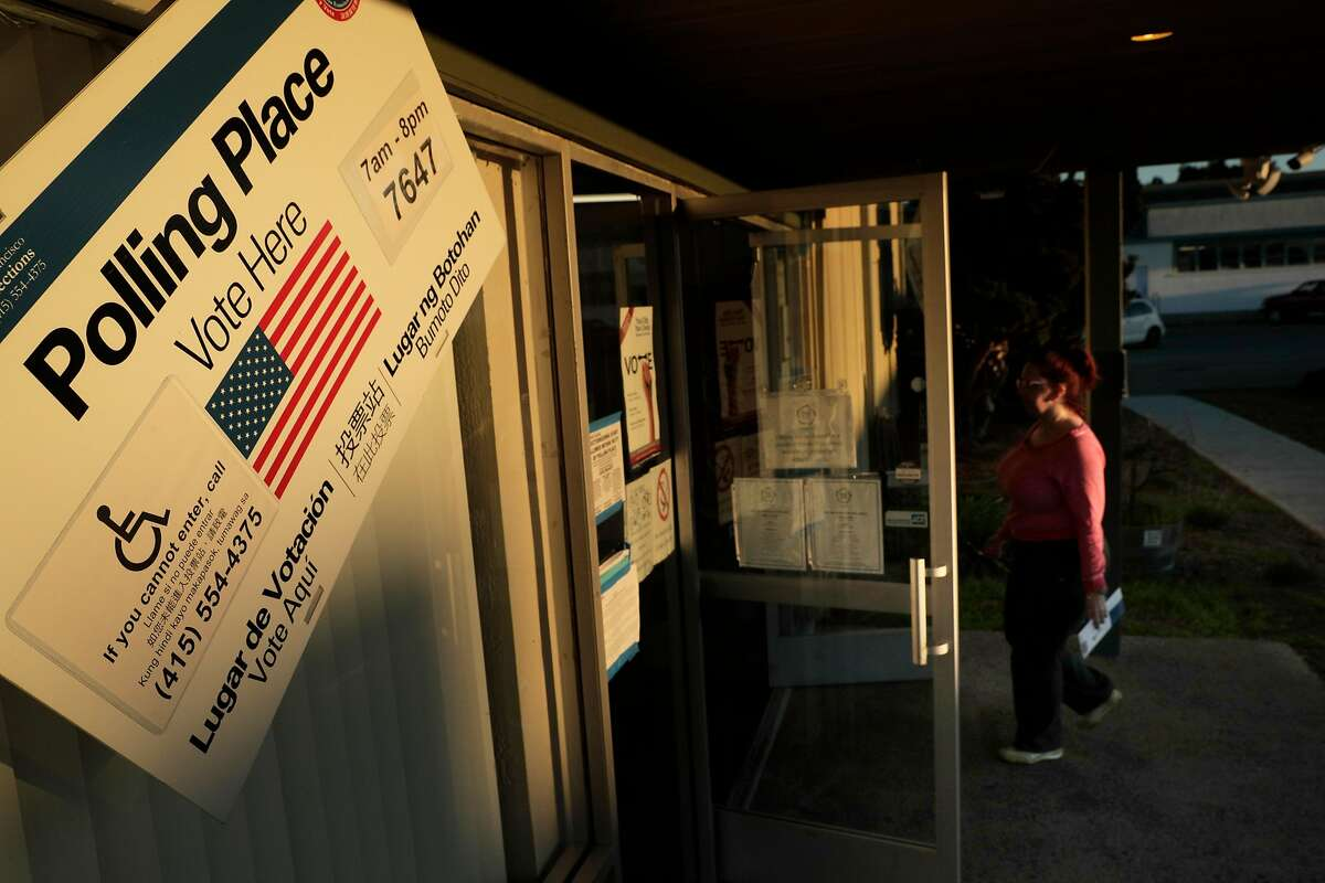 A voter arrives to cast a ballot at the Shipshape Community Center, Treasure Island's only polling location, in San Francisco, Calif., on Tuesday, November 6, 2018.
