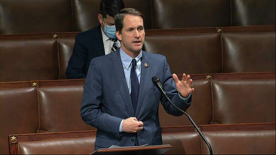 U.S. Rep. Jim Himes, D-Conn., speaks on the floor of the House of Representatives at the U.S. Capitol in Washington, Thursday, April 23, 2020. Photo: Associated Press / Copyright 2020 The Associated Press. All rights reserved.