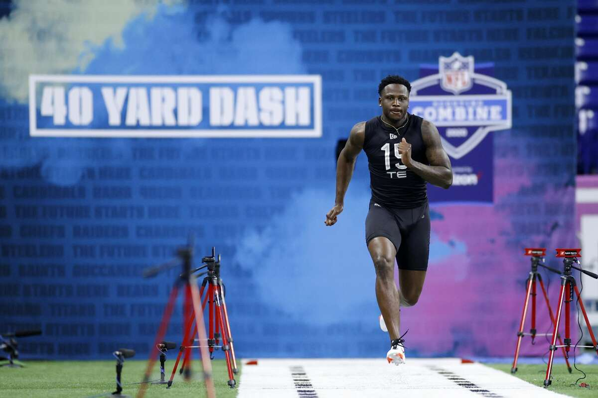 INDIANAPOLIS, IN - FEBRUARY 27: Tight end Stephen Sullivan of LSU runs the 40-yard dash during the NFL Scouting Combine at Lucas Oil Stadium on February 27, 2020 in Indianapolis, Indiana. (Photo by Joe Robbins/Getty Images)