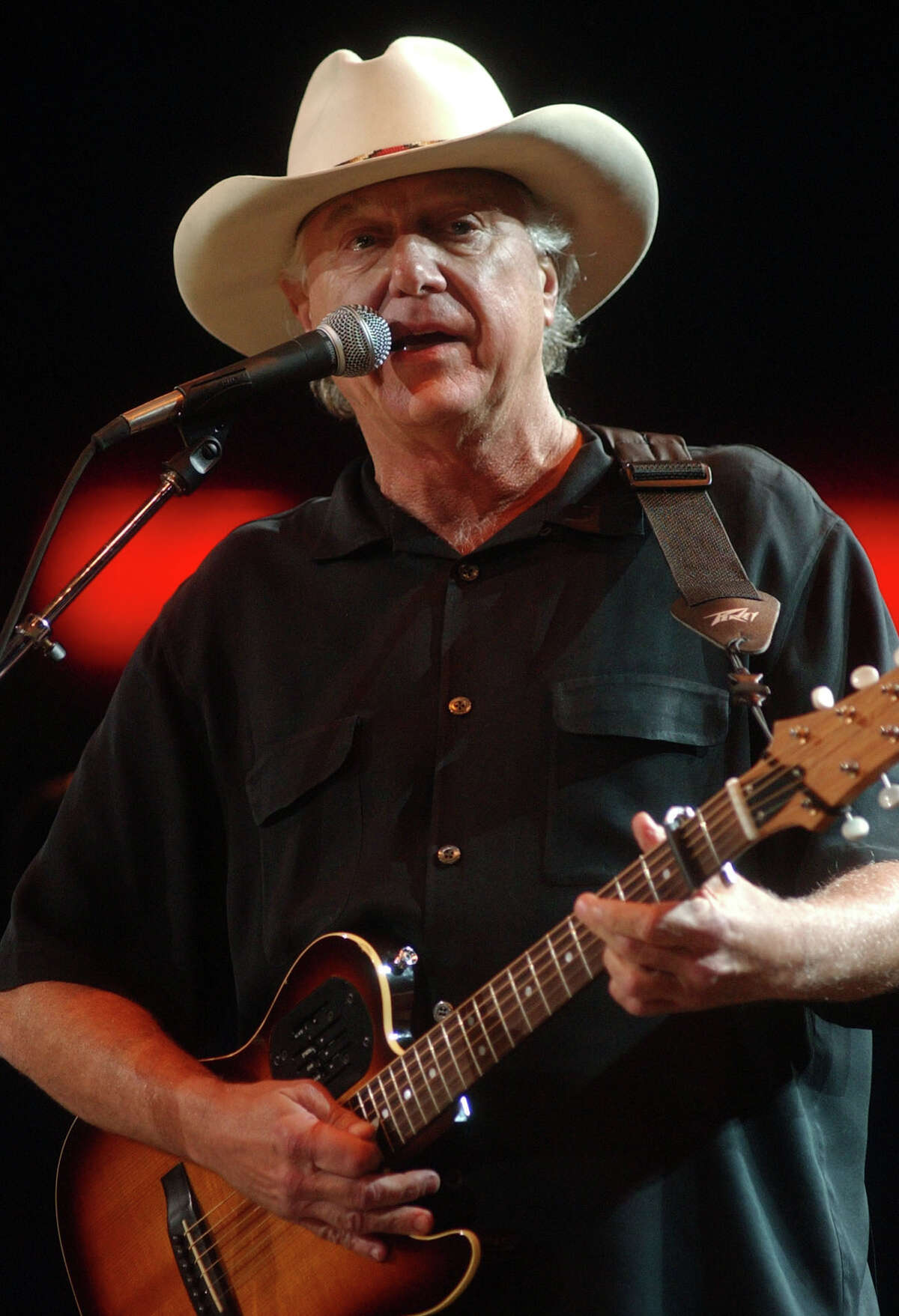 Jerry Jeff Walker plays the Houston Livestock Show & Rodeo in 2003, opening for Clint Black.