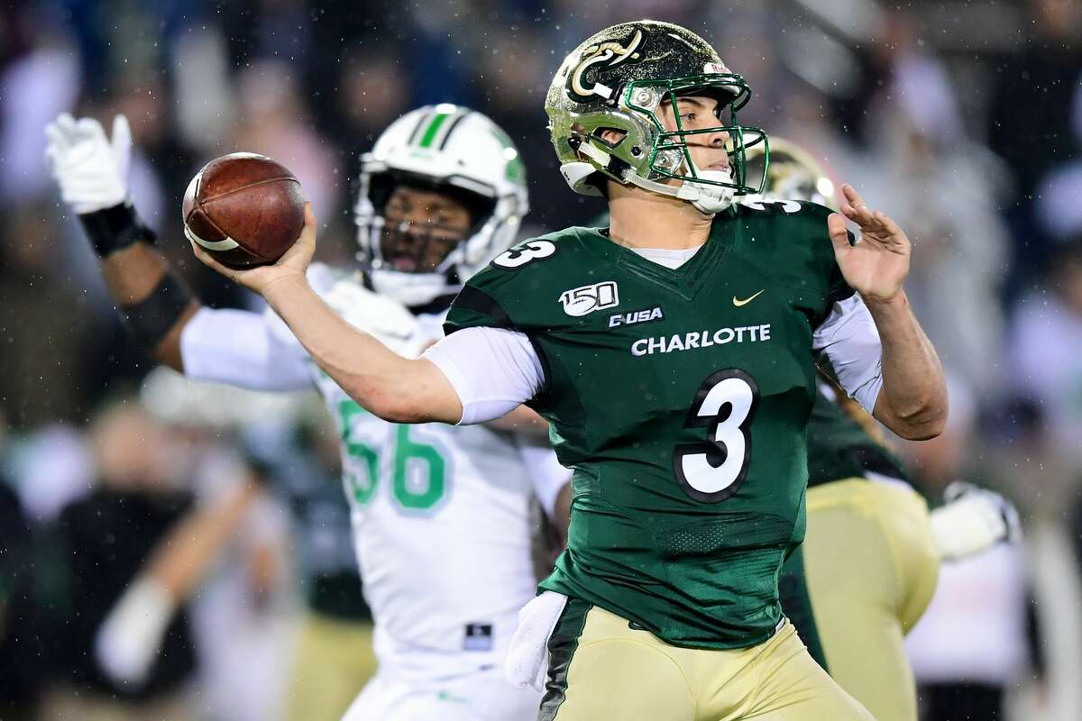 CHARLOTTE, NORTH CAROLINA - NOVEMBER 23: Chris Reynolds #3 of the Charlotte 49ers during the second half during their game against the Marshall Thundering Herd at Jerry Richardson Stadium on November 23, 2019 in Charlotte, North Carolina. (Photo by Jacob Kupferman/Getty Images)