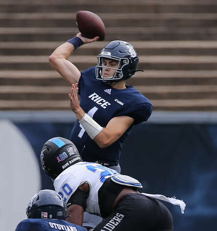 Rice Owls quarterback Mike Collins (4) throws a pass during the first quarter of a CUSA conference game against Middle Tennessee Saturday, Oct. 24, 2020, at Rice Stadium in Houston. Photo: Yi-Chin Lee/Staff Photographer / © 2020 Houston Chronicle