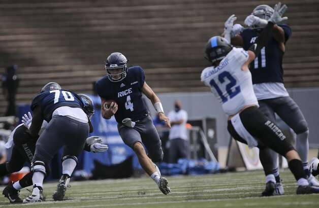 Rice Owls quarterback Mike Collins (4) runs the ball during the first quarter of a CUSA conference game against Middle Tennessee Saturday, Oct. 24, 2020, at Rice Stadium in Houston. Photo: Yi-Chin Lee/Staff Photographer / © 2020 Houston Chronicle
