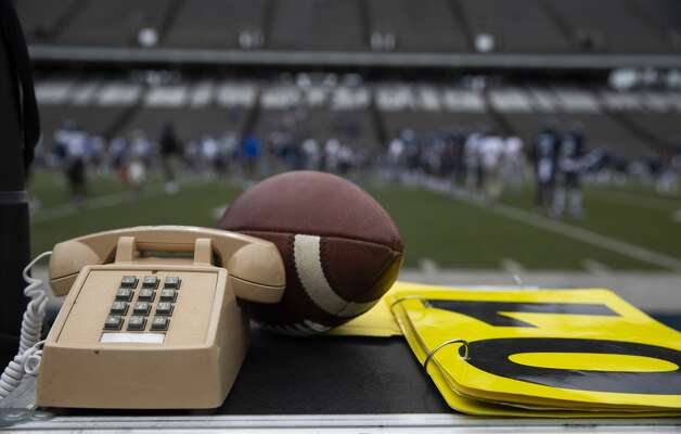 Scene from the sideline before Rice Owls taking on Middle Tennessee Blue Raiders for a CUSA conference game Saturday, Oct. 24, 2020, at Rice Stadium in Houston. Photo: Yi-Chin Lee/Staff Photographer / © 2020 Houston Chronicle