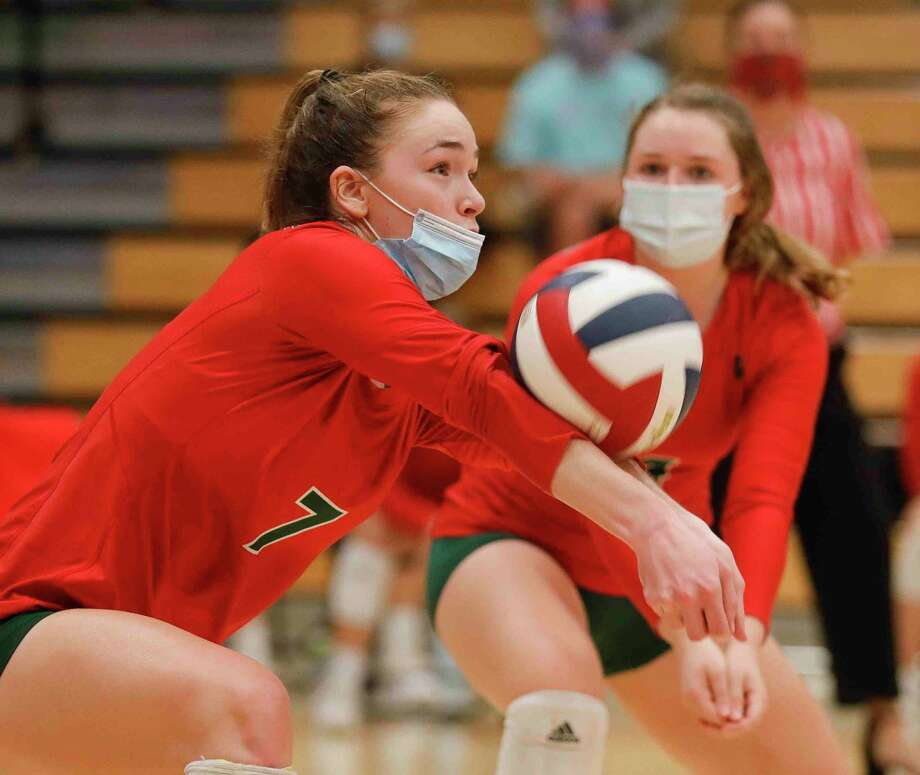 In this file photo, The Woodlands outside hitter Claire Arend (7) returns a hit during the fourth set of a District 13-6A high school volleyball match at Grand Oaks High School, Tuesday, Oct. 20, 2020, in Spring. Photo: Jason Fochtman, Houston Chronicle / Staff Photographer / 2020 © Houston Chronicle