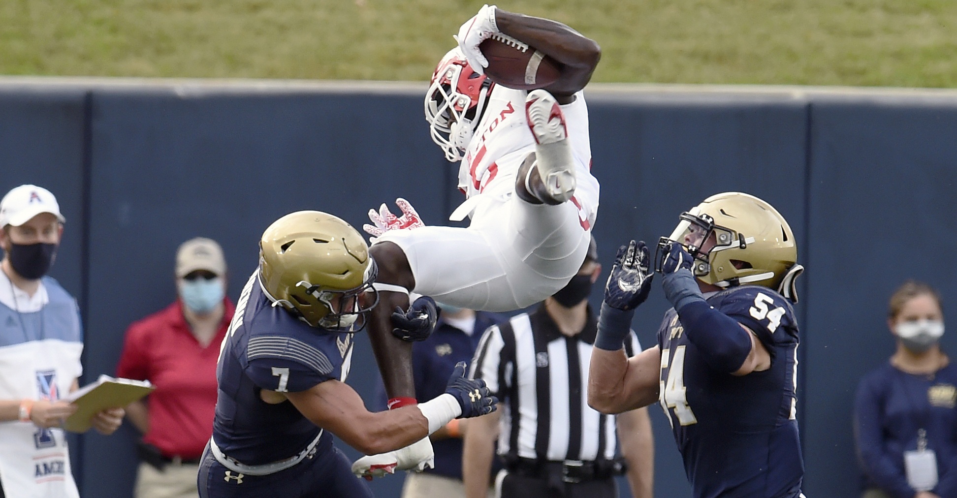 Cougars Extra Points: UH 37, Navy 21
