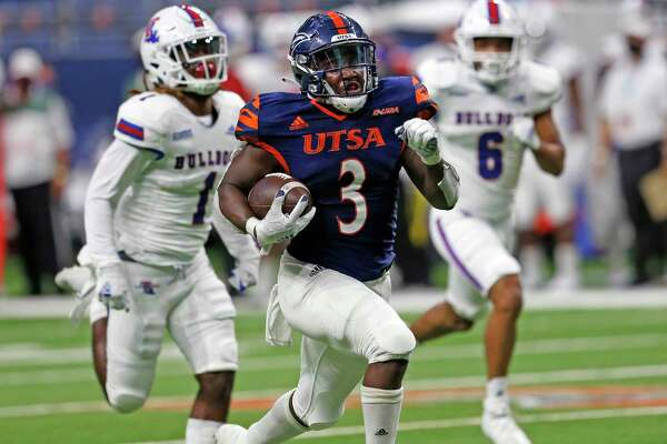UTSA RB Sincere McCormick breaks loose for the winning touchdown on October 24, 2020 at the Alamodome. Final Score score UTSA 27 Louisiana Tech 26