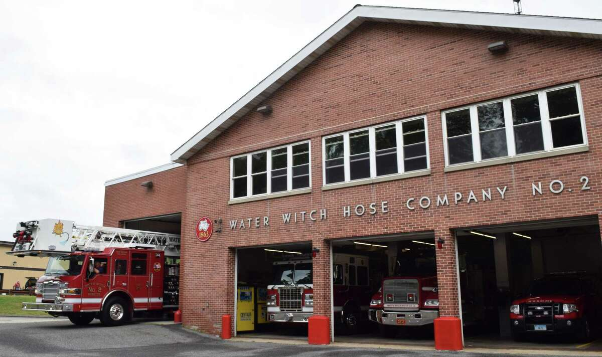 Spectrum/Water Witch Hose Co. #2 in New Milford recently took receipt of a new Pierce 100' tower ladder. A FEMA grant helped purchase the vehicle. On Sept. 10, 2019, a FEMA representative was at the firehouse to view the new truck. 9/10/19 Above, the new truck pulls out of the firehouse.