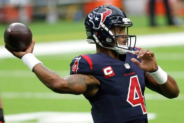 Houston Texans quarterback Deshaun Watson warms up before an NFL football game against the Green Bay Packers at NRG Stadium on Sunday, Oct. 25, 2020, in Houston. Photo: Brett Coomer, Staff Photographer / © 2020 Houston Chronicle