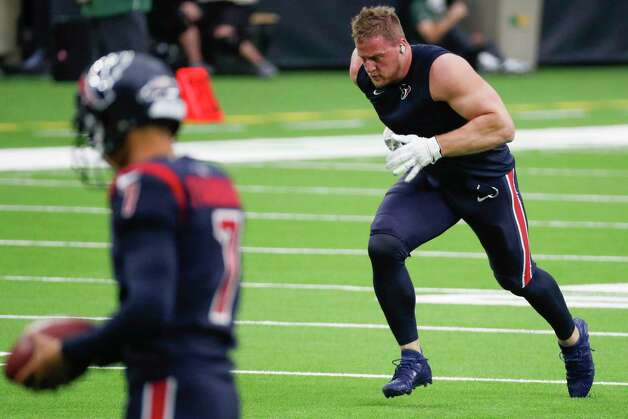 Houston Texans defensive end J.J. Watt warms up before an NFL football game against the Green Bay Packers at NRG Stadium on Sunday, Oct. 25, 2020, in Houston. Photo: Brett Coomer, Staff Photographer / © 2020 Houston Chronicle