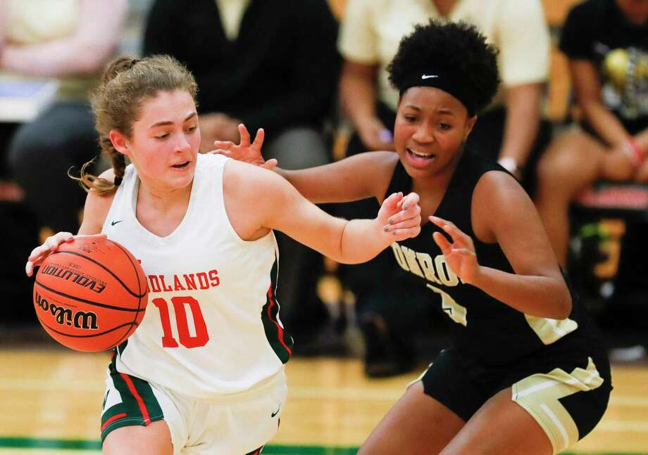 The Woodlands guard Anna-Claire Biggerstaff (10) is one of four varsity returners for the Lady Highlanders in 2020-21. Photo: Jason Fochtman, Houston Chronicle / Staff Photographer / Houston Chronicle