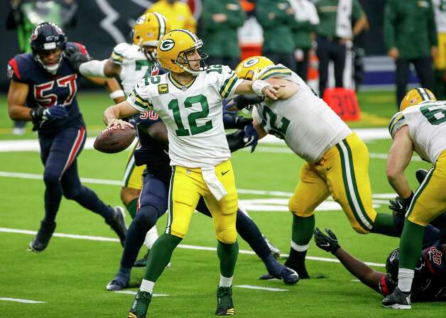 Green Bay Packers quarterback Aaron Rodgers (12) passes during the fourth quarter of an NFL game Sunday, Oct. 25, 2020, at NRG Stadium in Houston. Photo: Jon Shapley, Staff Photographer / © 2020 Houston Chronicle