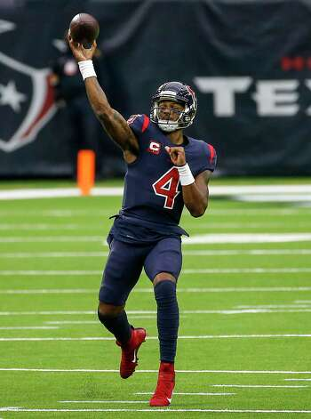 Houston Texans quarterback Deshaun Watson (4) passes the ball during the second quarter of an NFL game Sunday, Oct. 25, 2020, at NRG Stadium in Houston. Photo: Jon Shapley, Staff Photographer / © 2020 Houston Chronicle