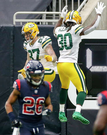 Green Bay Packers tight end Jace Sternberger (87) celebrates with running back Jamaal Williams (30) after Sternberger scored a touchdown during the second quarter of an NFL game Sunday, Oct. 25, 2020, at NRG Stadium in Houston. Photo: Jon Shapley, Staff Photographer / © 2020 Houston Chronicle