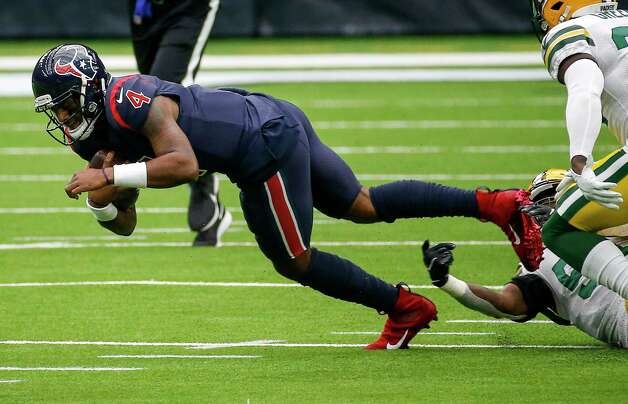Houston Texans quarterback Deshaun Watson (4) rushes for a first down during the second quarter of an NFL game Sunday, Oct. 25, 2020, at NRG Stadium in Houston. Photo: Jon Shapley, Staff Photographer / © 2020 Houston Chronicle