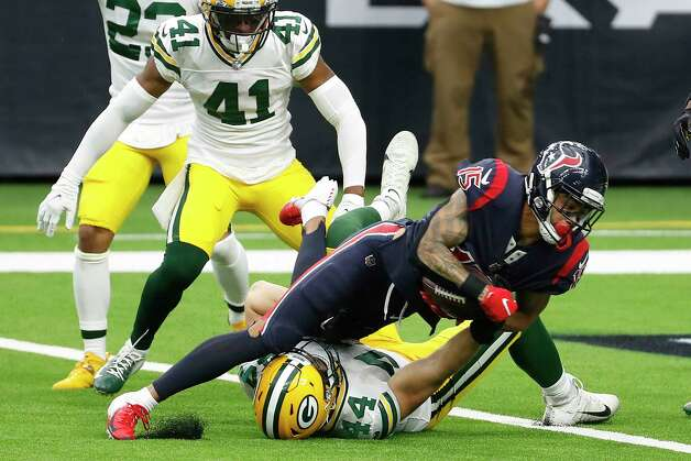 Houston Texans wide receiver Will Fuller (15) Green Bay Packers linebacker Ty Summers (44) for a 6-yard touchdown reception against the Green Bay Packers during the second half an NFL football game at NRG Stadium on Sunday, Oct. 25, 2020, in Houston. Photo: Brett Coomer, Staff Photographer / © 2020 Houston Chronicle