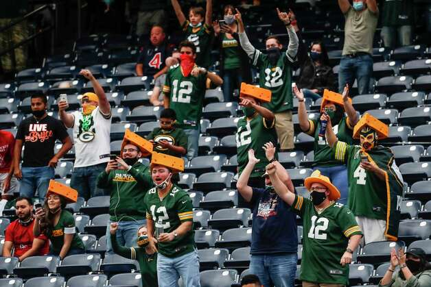 Green Bay Packers cheer after the Packers recovered a fumble by Houston Texans running back David Johnson during the second half an NFL football game at NRG Stadium on Sunday, Oct. 25, 2020, in Houston. Photo: Brett Coomer, Staff Photographer / © 2020 Houston Chronicle