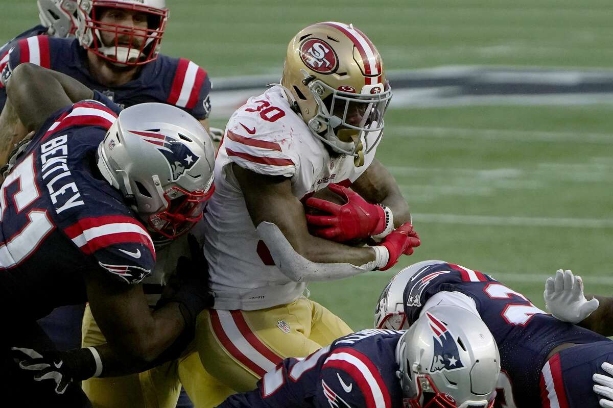 49ers Patriots Jeff Wilson Jr Scores Third Td But Immediately Leaves Game On A Cart