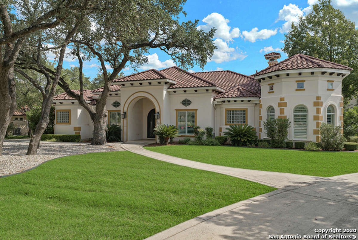 This luxury gated subdivisionlocated off Lockhill Selma Road is between De Zavala Road and Loop 1604.