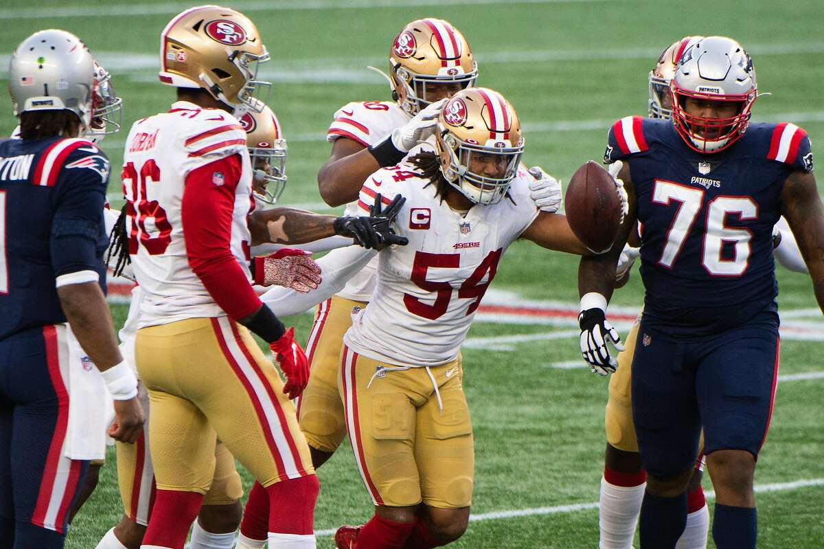 FOXBOROUGH, MA - OCTOBER 25: Fred Warner #54 of the San Francisco 49ers reacts after an interception against the New England Patriots in the first half at Gillette Stadium on October 25, 2020 in Foxborough, Massachusetts. (Photo by Kathryn Riley/Getty Images)
