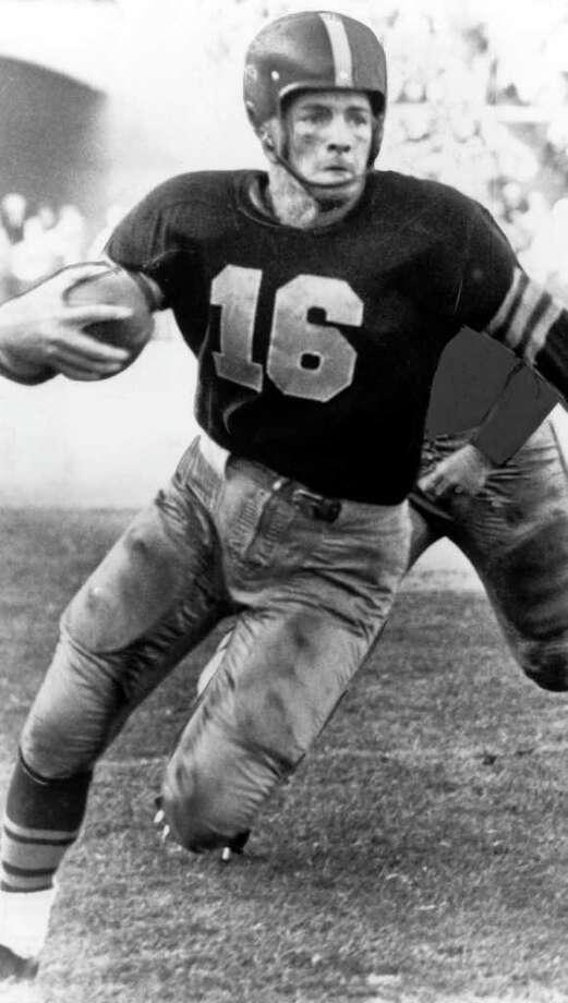 Tailback Frank Gifford of the University of Southern California. (Photo by University of Southern California/Getty Images) Photo: University Of Southern Californi, NFL / tb0236