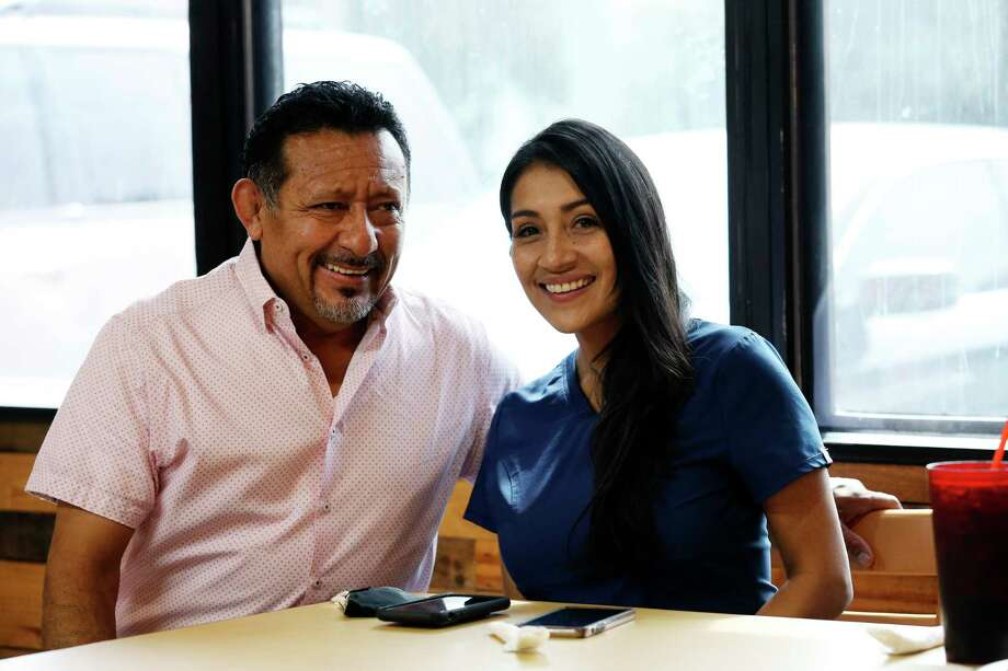 Ismael Roldan and his daughter, Paola Roldan, opened Agave Azul during the peak of the COVID-19 outbreak this summer. / **MANDATORY CREDIT FOR PHOTOG AND SAN ANTONIO EXPRESS-NEWS/NO SALES/MAGS OUT/TV   © 2019 San Antonio Express-News