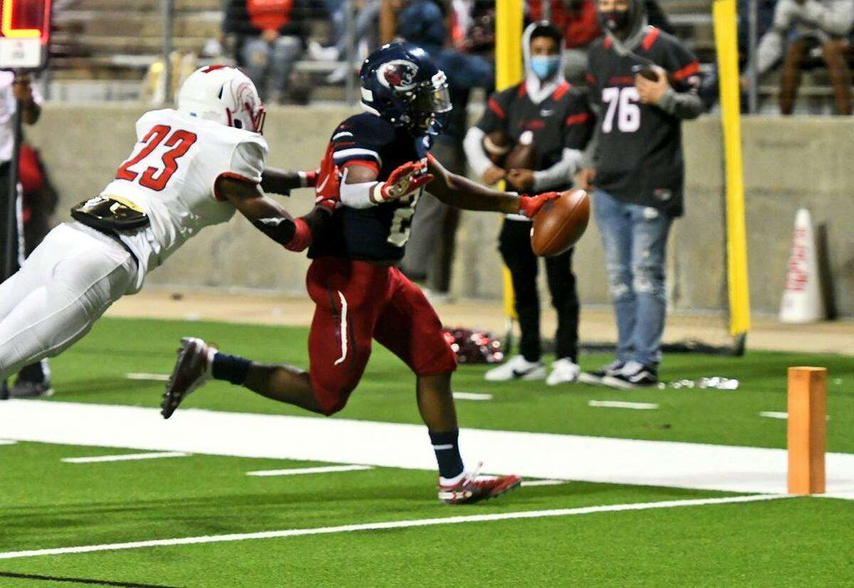 Cy Springs defeated Cy Lakes 35-28 to pick up its first District 16-6A victory, Oct. 23, at Cy-Fair FCU Stadium.