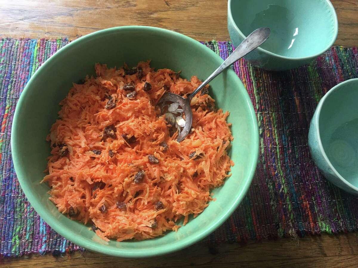 Luby's Carrot & Raisin Salad