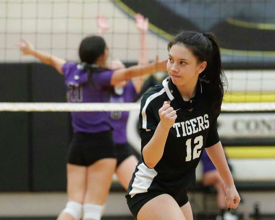 Conroe libero Saege Anzueto (12) reacts after missing a dig during the third set of a high school volleyball match at Conroe High School, Tuesday, Oct. 27, 2020, in Conroe. Photo: Jason Fochtman, Houston Chronicle / Staff Photographer / 2020 © Houston Chronicle
