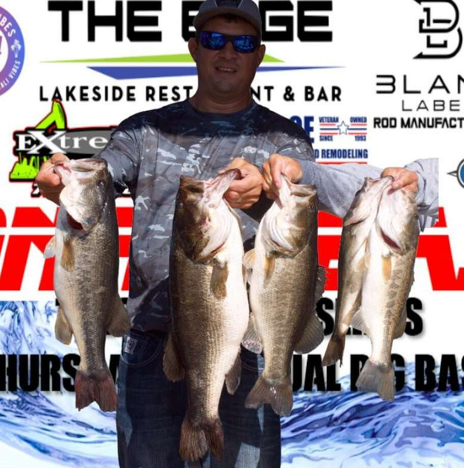 Jonathan Roberson came in first place in the CONROEBASS Mid-Day Madness Championship with a stringer weight of 23.65 pounds. Photo: Conroe Bass